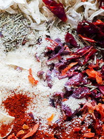 Dehydrated vegetables & herbs